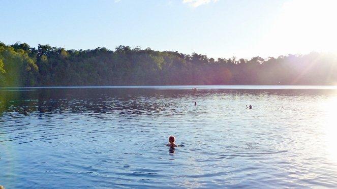 10 Verrückte Dinge, die ich tatsächlich in Ozeanien gemacht habe in Vulkanen geschwommen