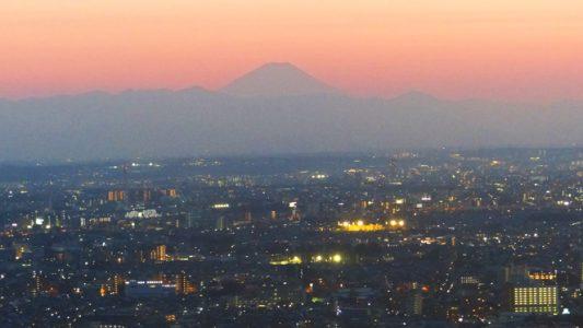 Top 10 Tokyo Sehenswürdigkeiten die du nicht verpassen darfst - Sonnenuntergang