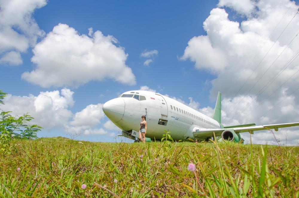Flugzeugwrack in Negara