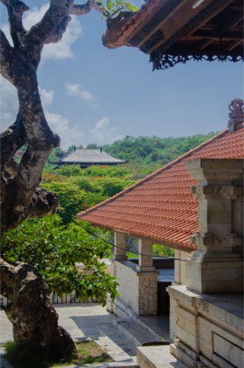 Ausblick über das GEbiet vom Uluwatu Tempel