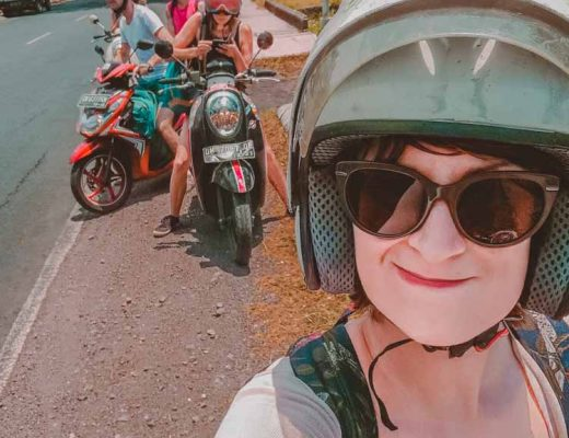 Selfie auf Scooter mit der Motorroller Gang