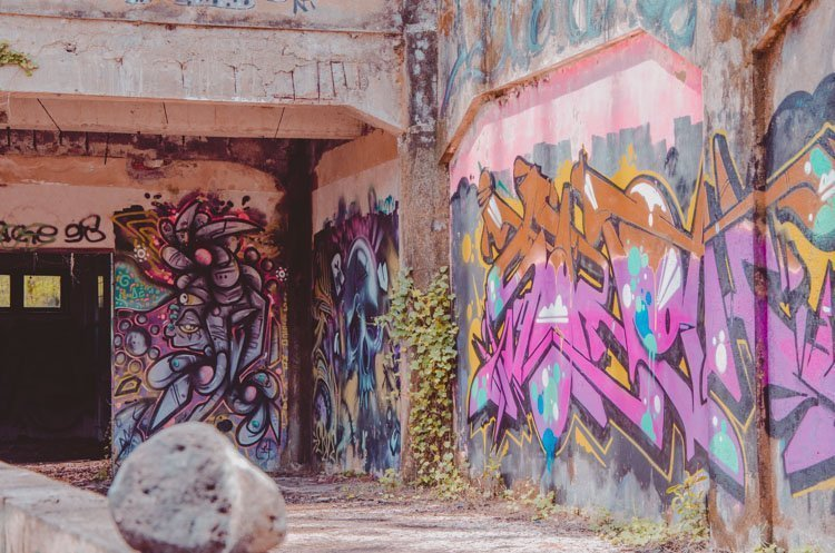 Überall Graffiti - Detailaufnahme von Taman Festival