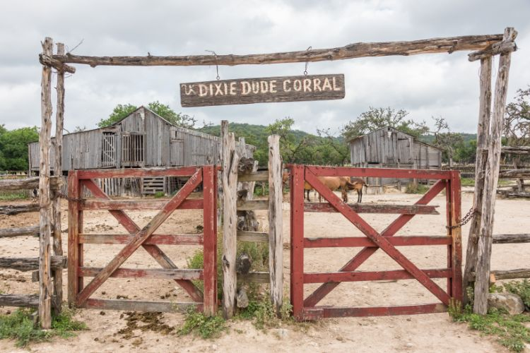 Dixie Dude Ranch, Bandera, Corral - Travel Texas