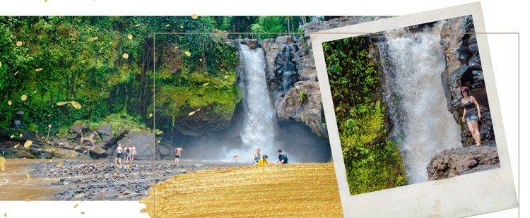 Szene vom Tegenungan Wasserfall bei Ubud, Bali