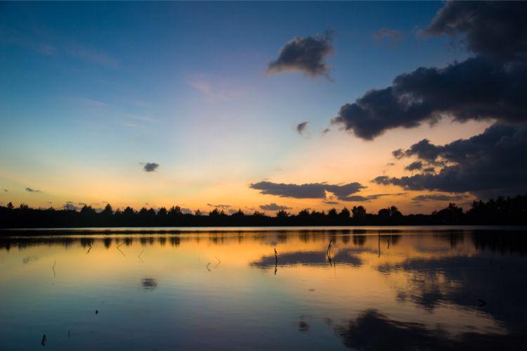 Sonnenuntergang auf den Gilis