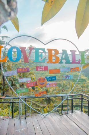 Love Bali Schild bei Ubud in Bali