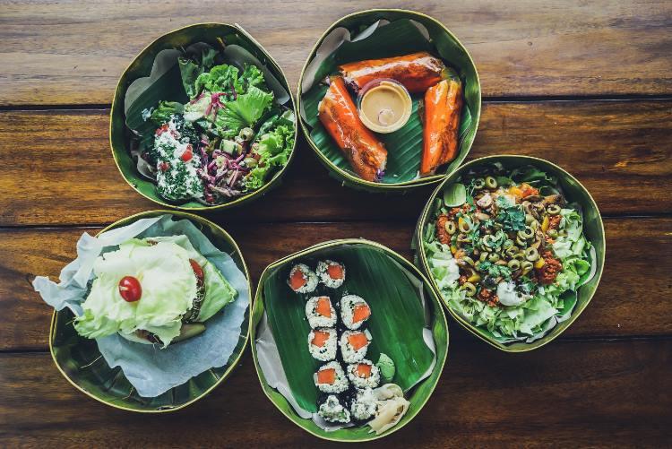 Frisches, ungekochtes Essen kann Bali Belly hervorrufen