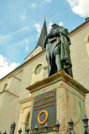 Herderstatue in Weimar