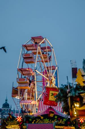 Riesenrad am Striezelmarkt