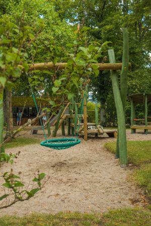 Kinderspielplatz im Rosarium