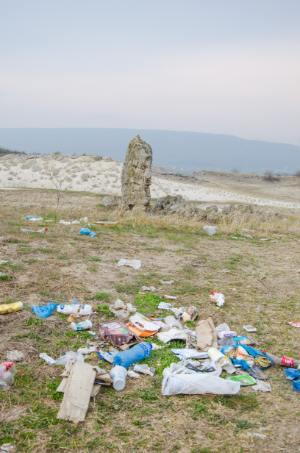 Müll bei Pobiti Kamani in Varna