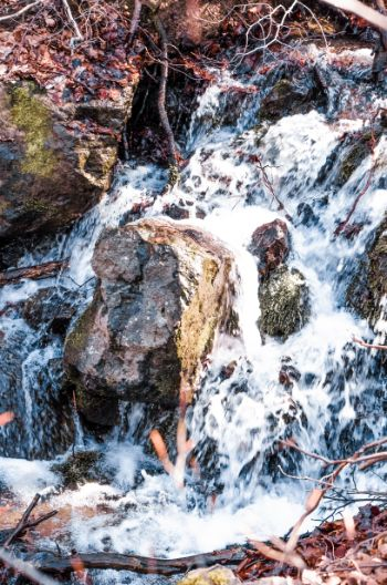 kleiner Wasserfall am Boyana Berg in Sofia, Bulgarien