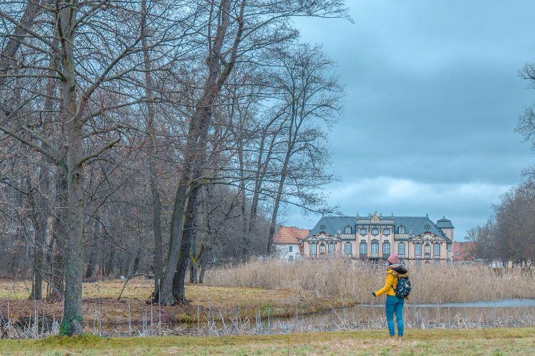 Schloss Molsdorf vom Teich aus gesehen