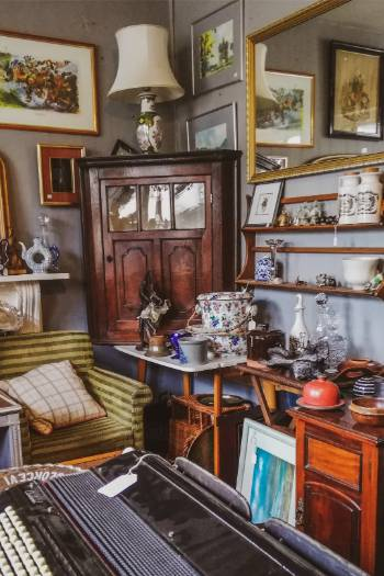 Antiquitätenhandel in Ashburton, England